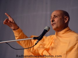 Radhanath Swami says 'Knowledge can transform the way we live'